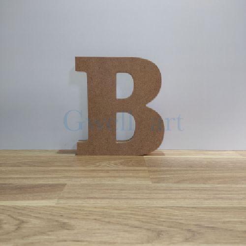 Letra de madera B