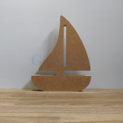 Silueta de madera barco