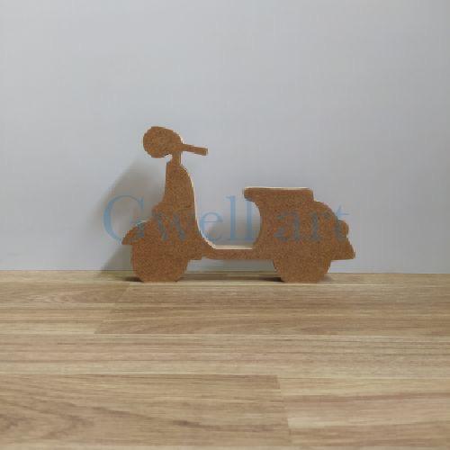 Silueta de madera vespa