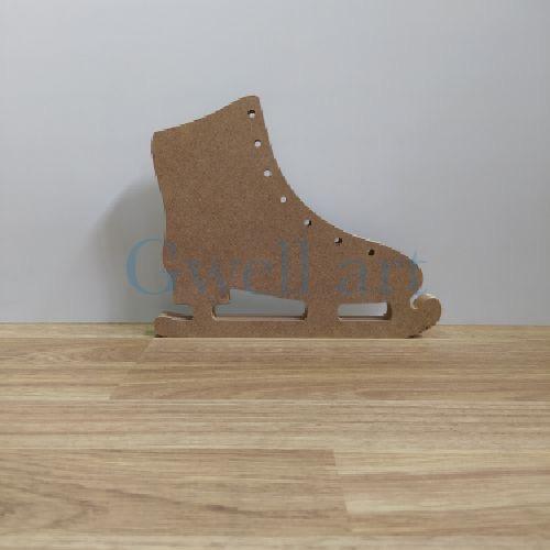 Silueta de madera patín de hielo